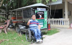 カンボジア障がい者支援NGO代表サミスさん